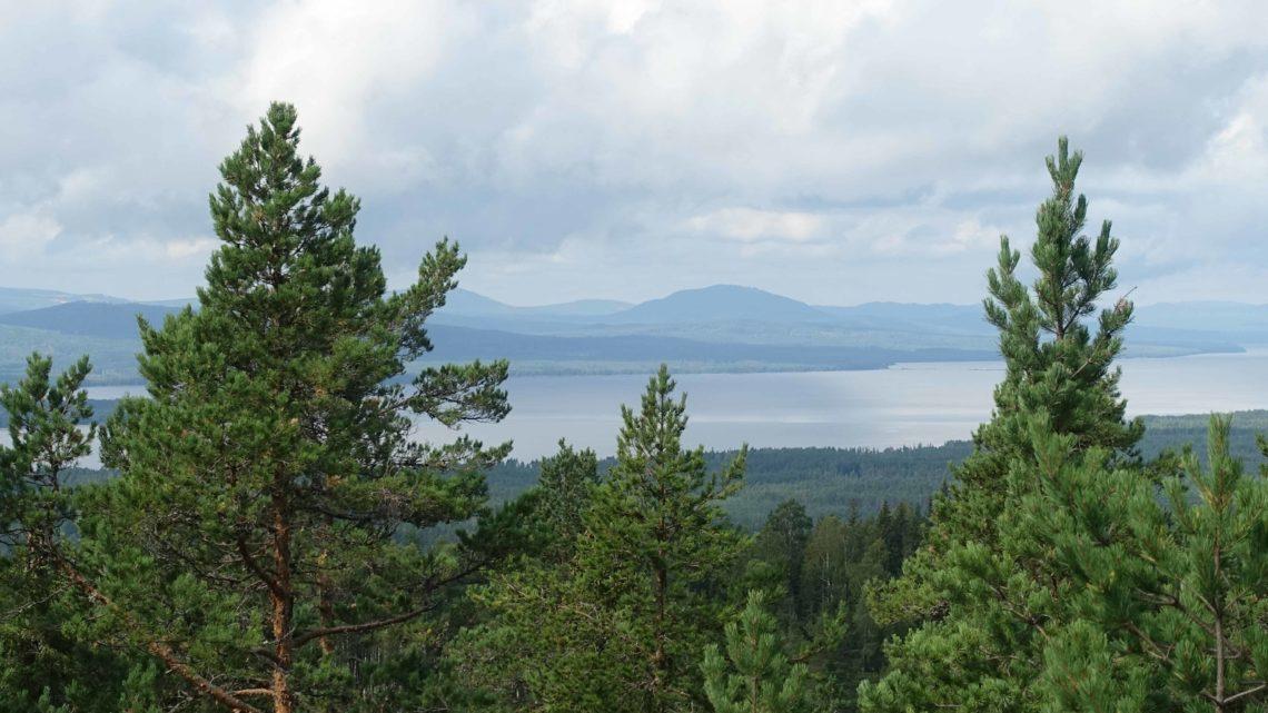 Côtes, lacs et forêts